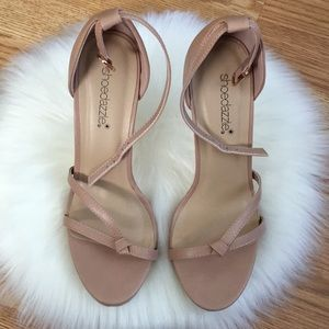Open toe heel shoes